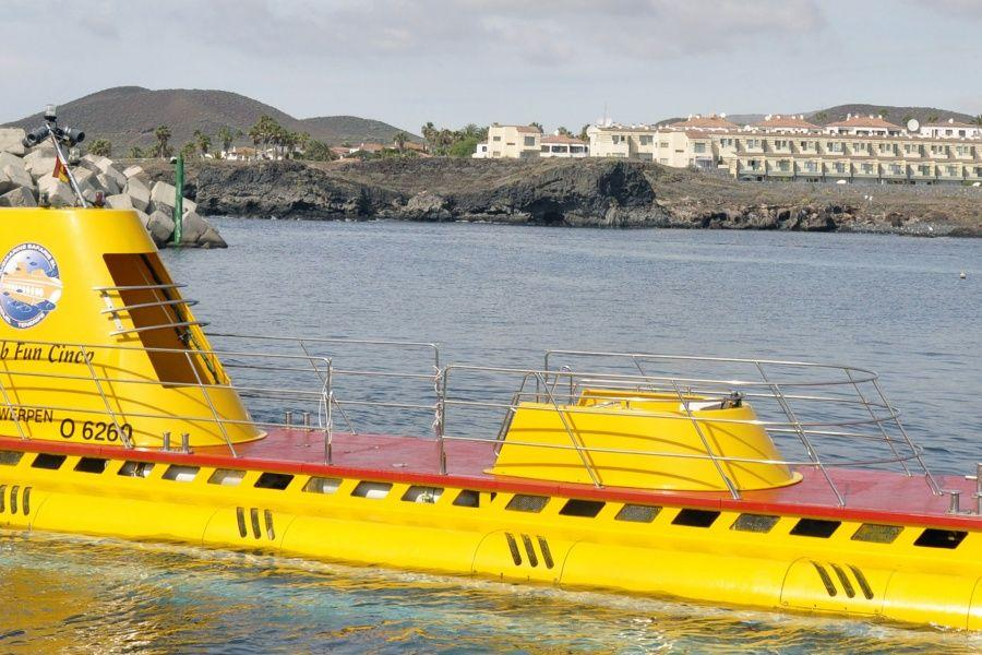 submarine-safaris-tenerife-package4